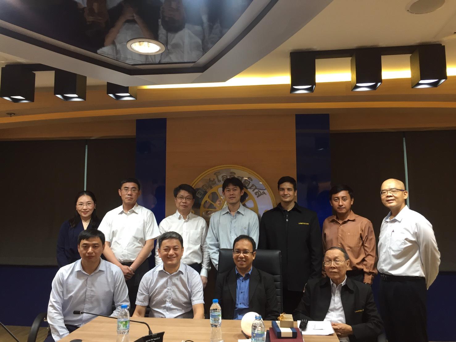 ประชุมยกร่างความร่วมมือทางวิชาการด้านโลจิสติกส์ ระหว่าง มหาวิทยาลัยบูรพา และมหาวิทยาลัยในประเทศจีน